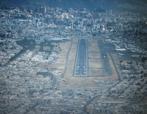 Umbral pista 17 aeropuerto Quito