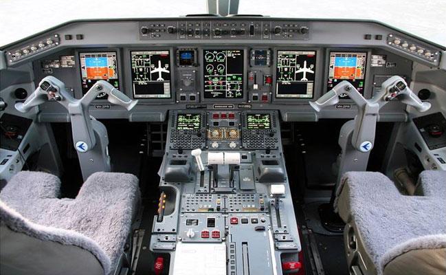 cockpit190