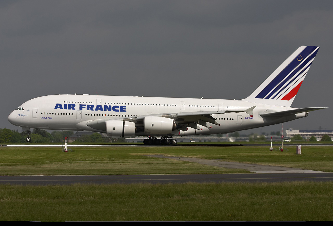 Air france aumentar sus flota de airbus a 380 en las for Interieur avion air france