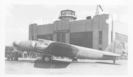 Boeing 247 NC13356 Pennsylvania Airlines preparing to board at Detroit City Airport 1936 or 1937.