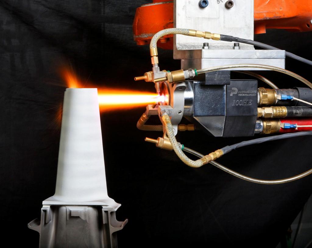 Implantación del TBC en un álabe de turbina. (Copyright Progressive Surface).