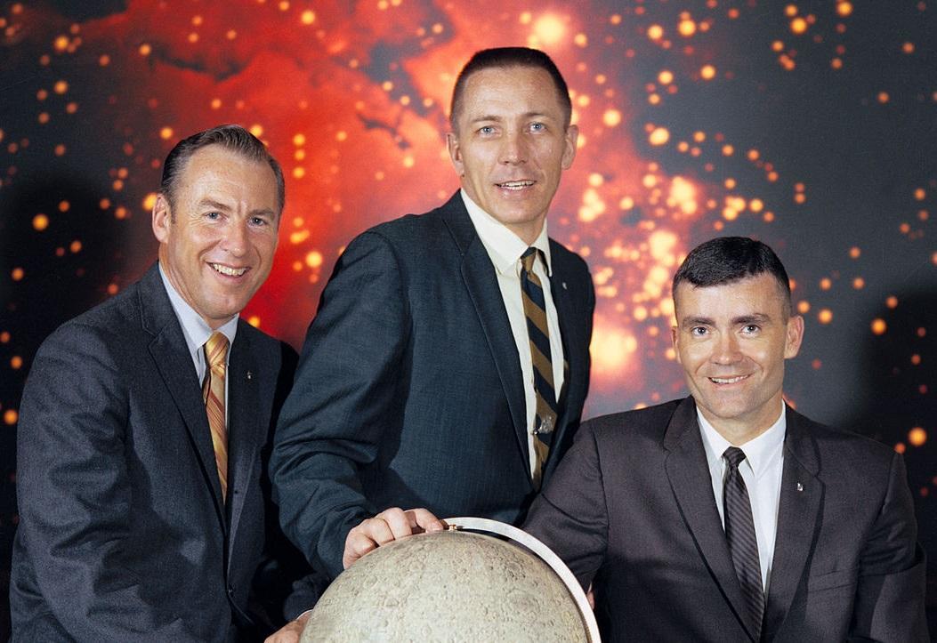 Foto de Izquierda a Derecha: James A. Lovell, John L. Swigert y Fred W. Haise