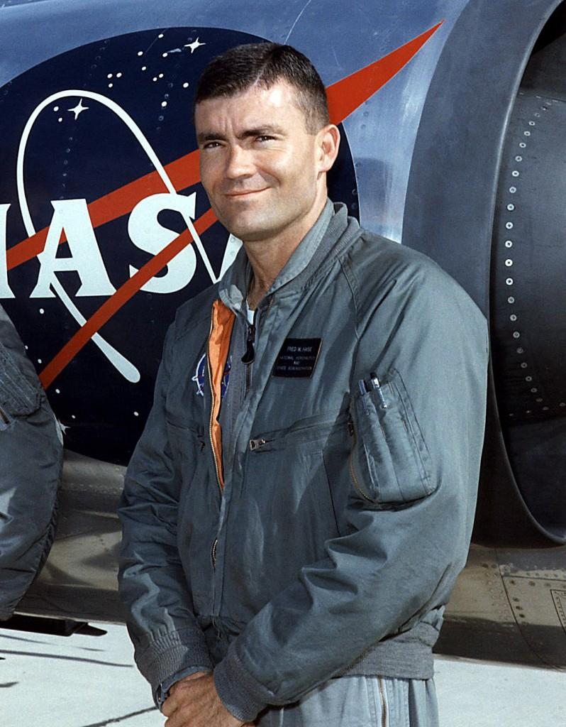 Fred Haise en 1966 volando un F-104 starfighter