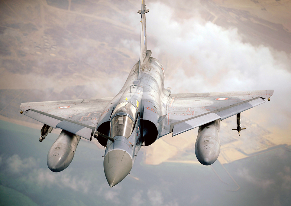 Mirage 2000-5F fotografiado tras un repostaje. (USAF).