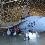 En el hangar de mantenimiento