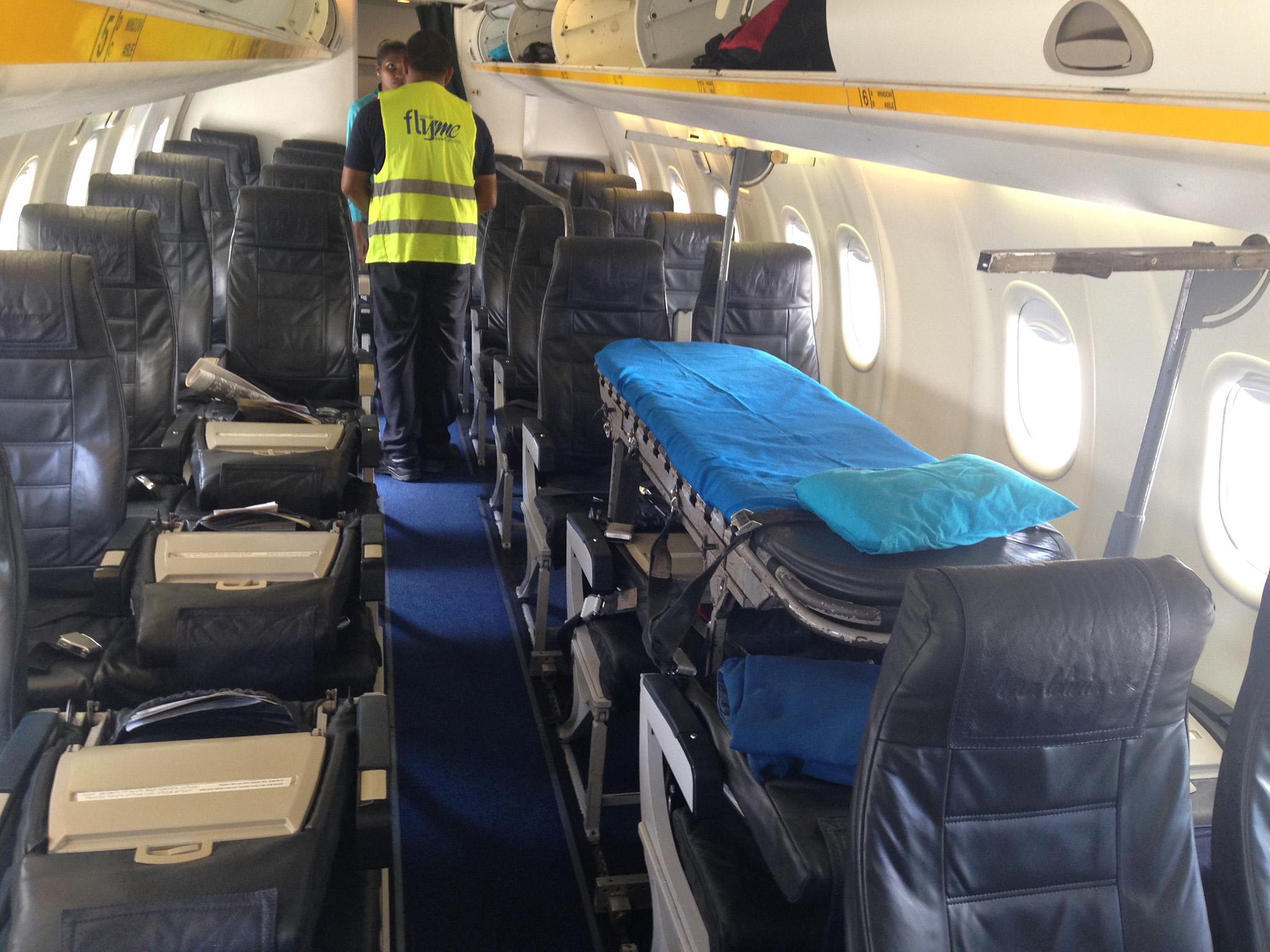 Cabina preparada para vuelo ambulancia