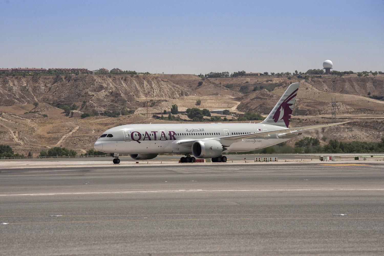 Qatar airways se estrena en madrid barajas con su b 787 for Oficina qatar airways madrid