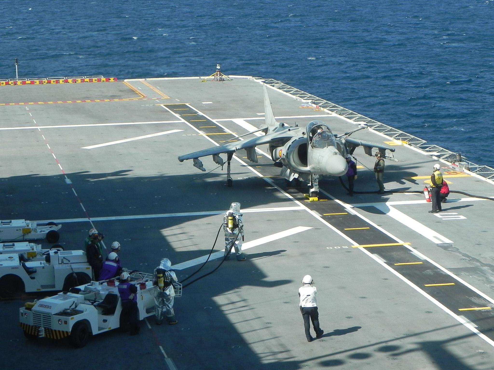 Harrier sobre la cubierta del Juan Carlos I. Fuente: Armada Española
