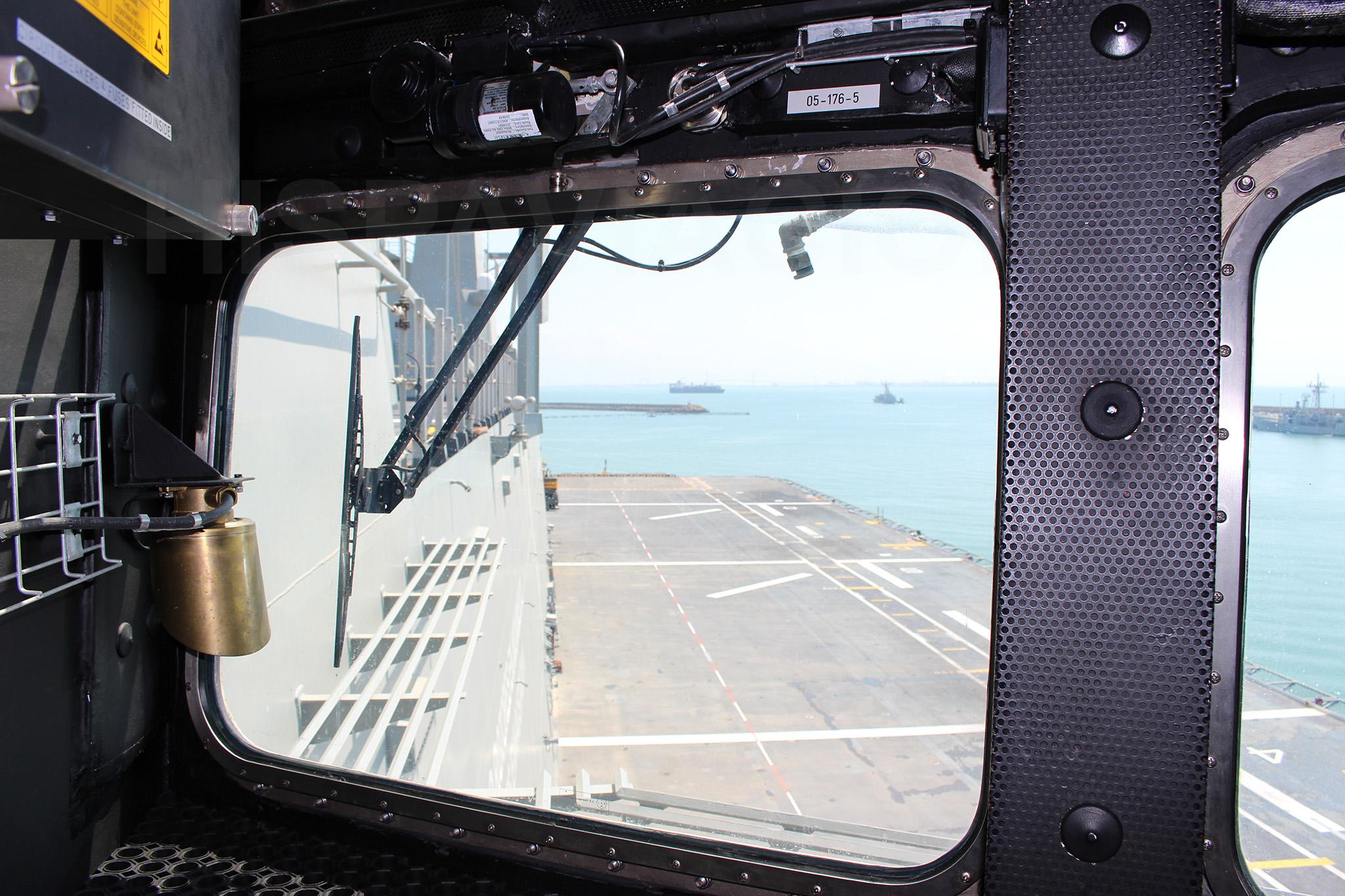 Vista de la cubierta de vuelo desde el primario. Fuente: Hispaviación