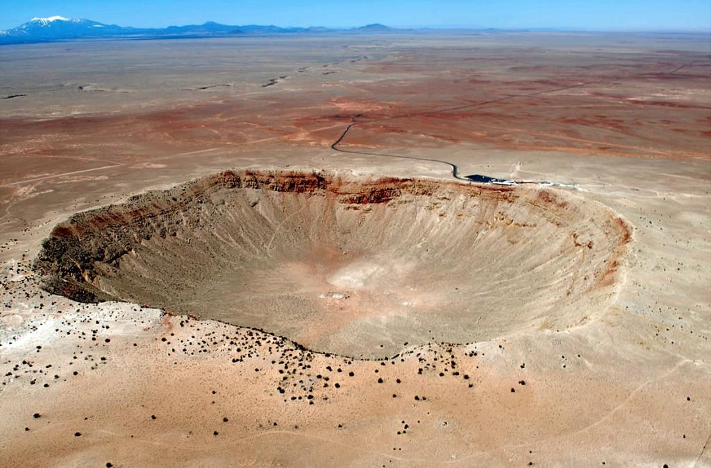Foto del Crater Barringer en Arizona. [ http://verestrellas.blogspot.com.es/ ]