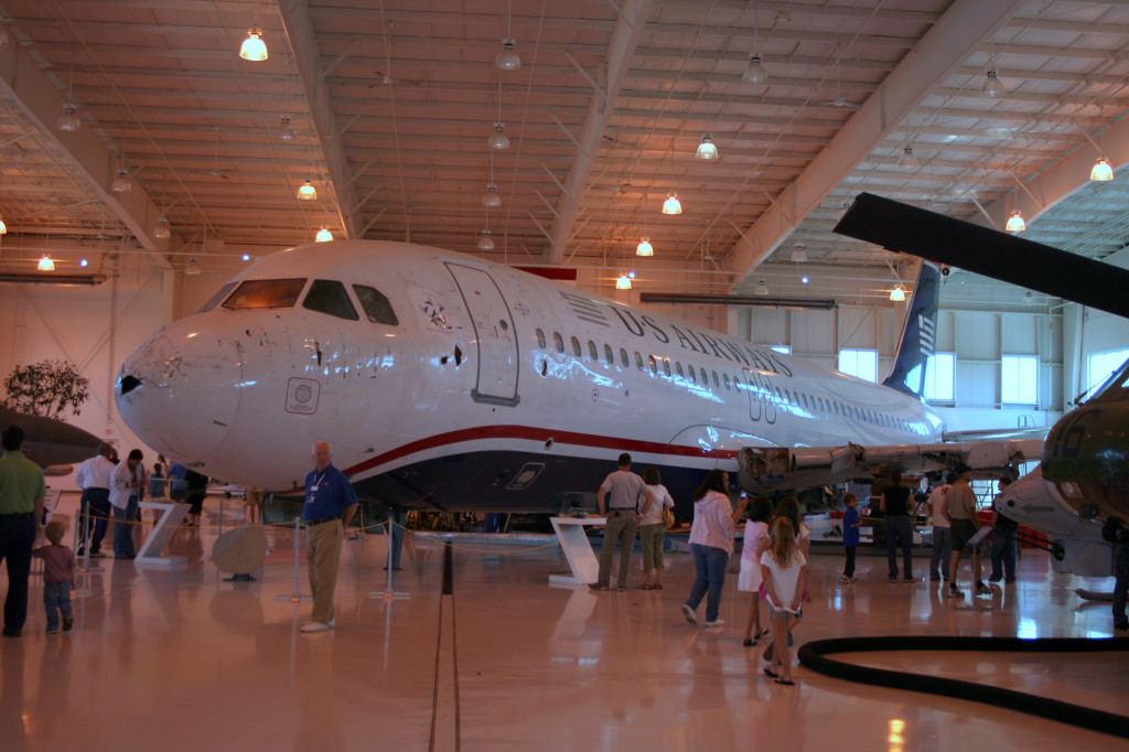 N106US_aviation_museum2