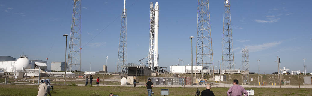 SpaceX/CRS-8 Pad Shots Before Launch