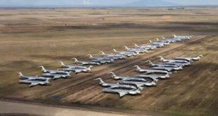 Los aviones ahora aparcados en  Roswell. Foto: Chris Sloan