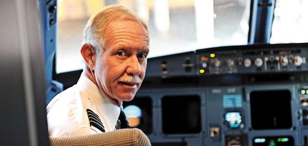 """Chesley Sullenberger. El piloto que inspiró la película """"Sully""""."""