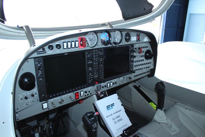da-42-cockpit