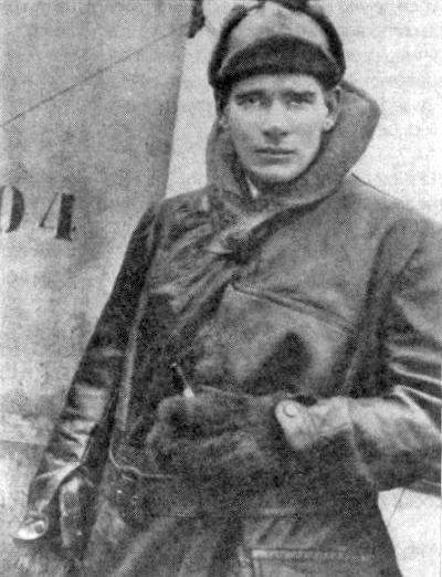 "Edward ""Mick"" Mannock 1917 (Wikipedia) https://en.wikipedia.org/wiki/Mick_Mannock"