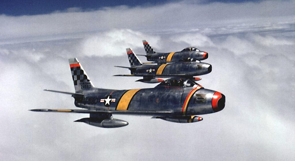 Formación de F-86 sobre Korea en 1953. Fuente: Aces Flying High