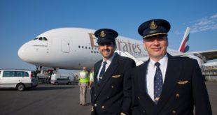 Emirates-Pilots_crew-1200pxi