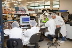 "Salas ""Testing Clean"" de Thales Alenia Space en Madrid. Imagen: ®Thales Alenia Space."