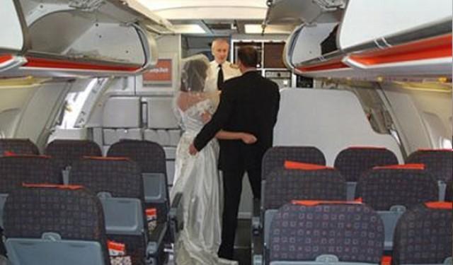 Comandante autoriza matrimonio