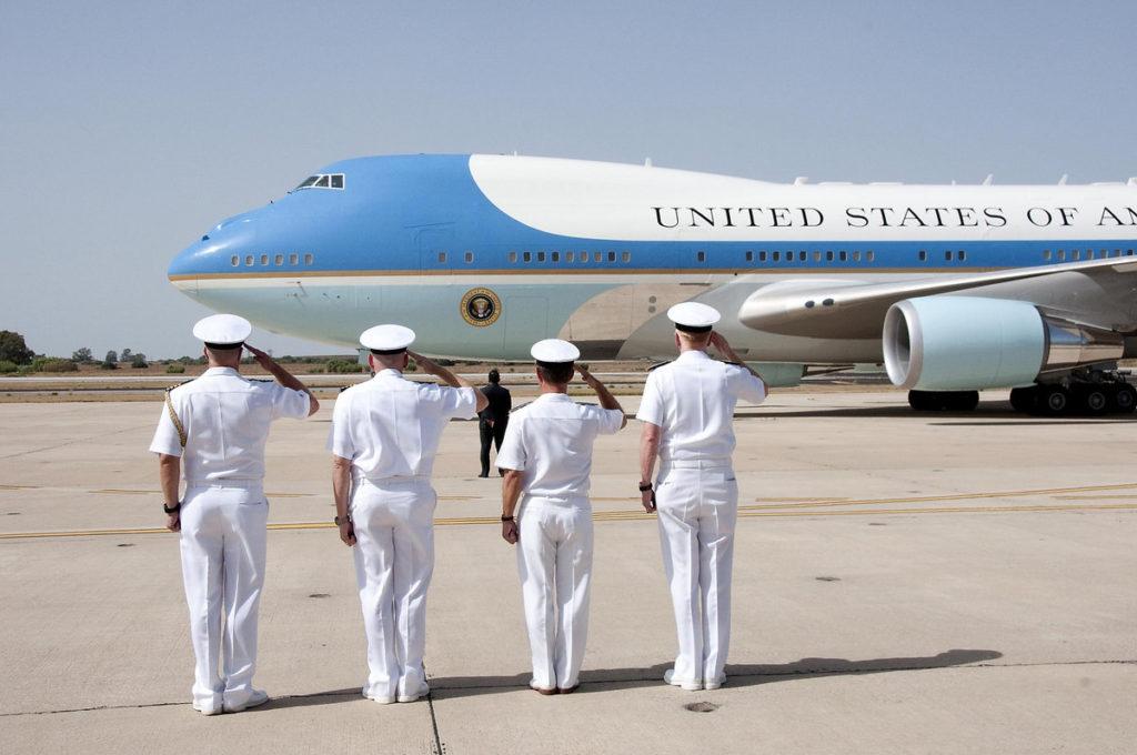 Foto: Brian Dietrick/U.S. Navy