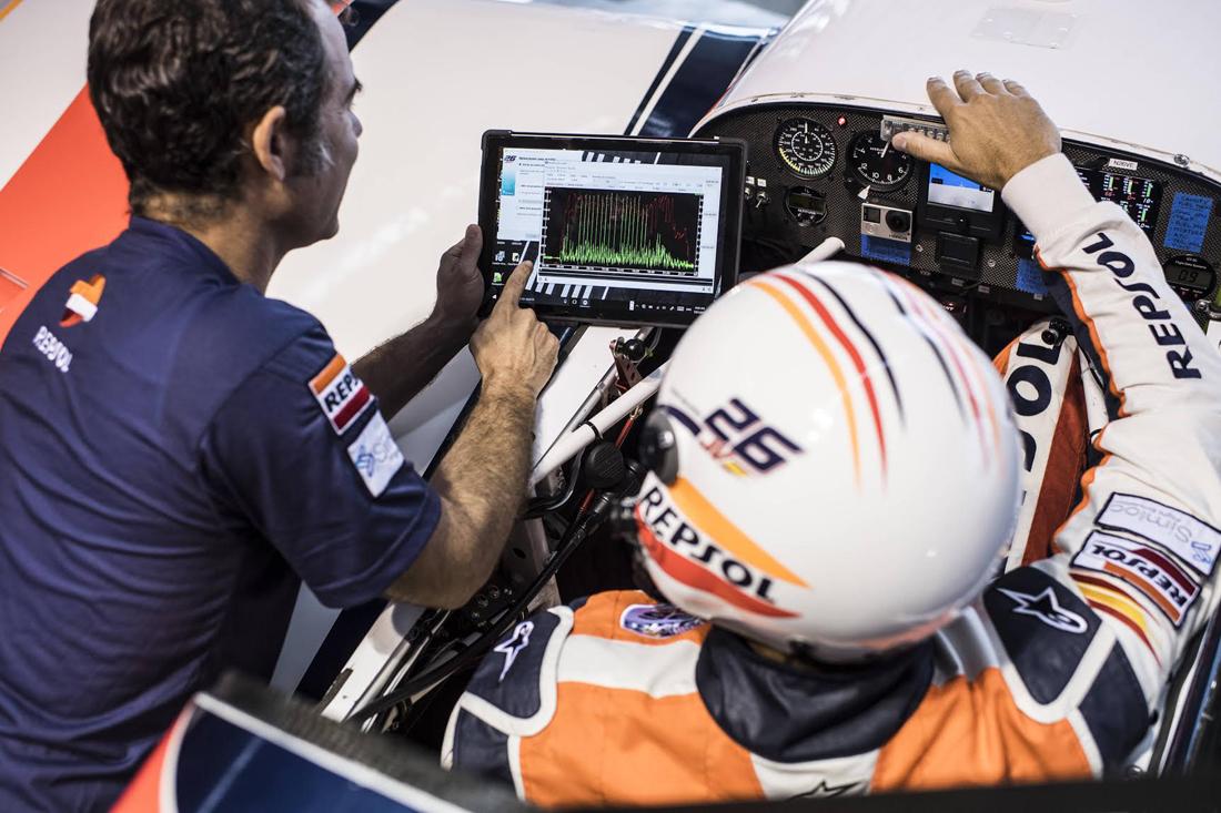 Juan Velarde acaba la temporada Red Bull Air Race 2017 estrenando un nuevo software de Análisis de Vuelo desarrollado en España por Simloc