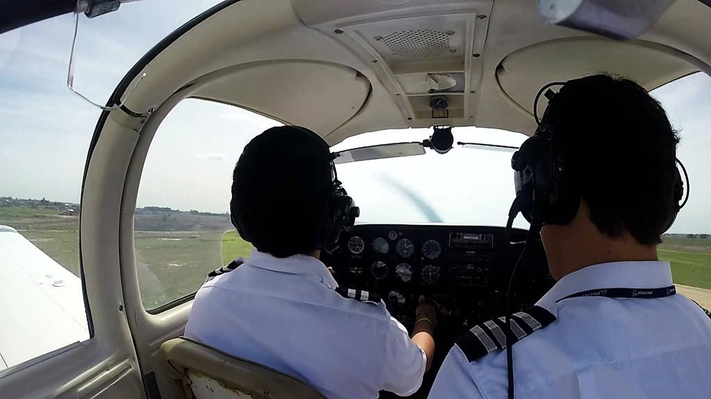 estudiantes aspirantes a piloto