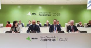 Junta de accionistas del día 10 de abril. Jaime García-Legaz, presidente y consejero de la compañía, segundo por la izquierda.