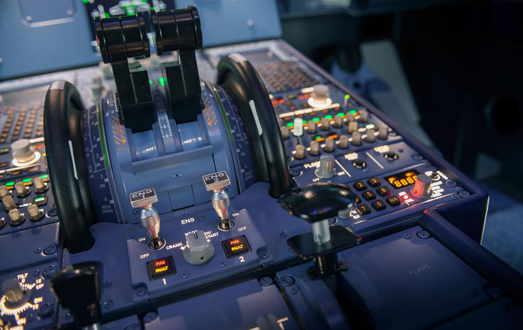 Mando de gases del simulador de A320