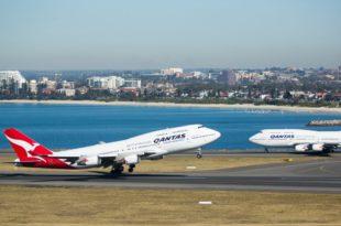 Qantas-747-400
