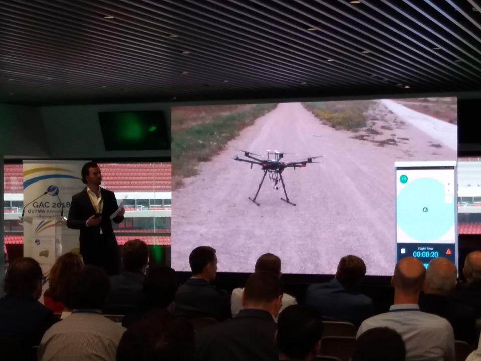 integración de gestión de drones y control de tráfico