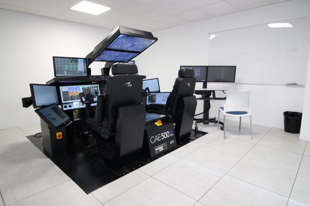 Simulador estático IPT del Boeing 787-9 de CAE (Luis M-C)