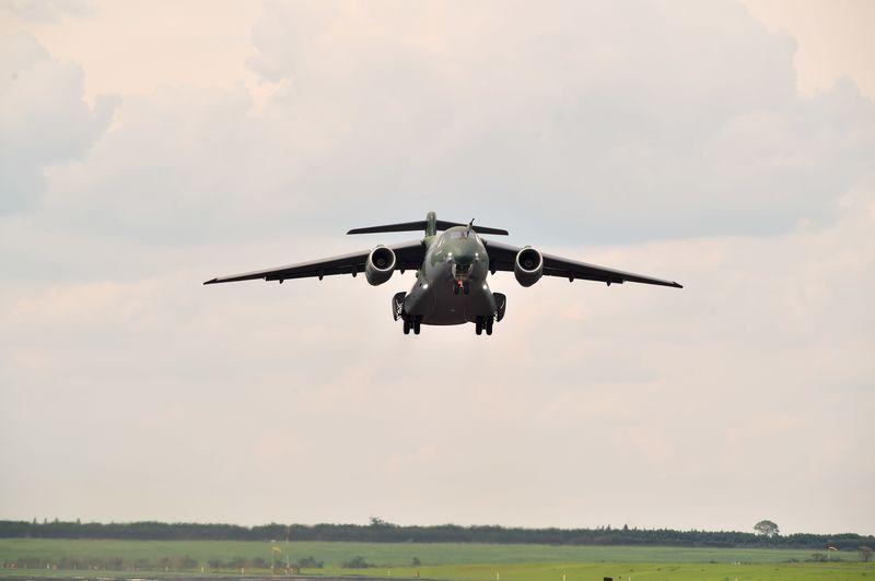 KC-390 Multilift 1