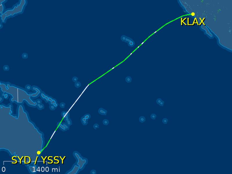 United-Airlines-Flight-Sydney-Emergency-Landing-1