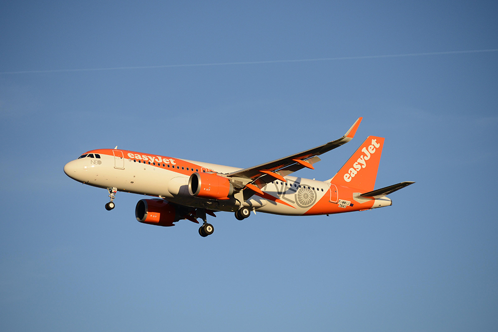 EasyJet-orders-additional-17-A320neo-