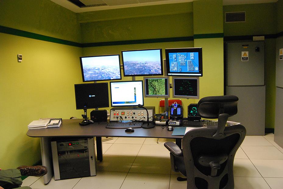 Consola del simulador de vuelo del AV-8B Plus