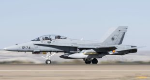 F-18 del Ala 12. Foto: E.A