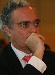 Enrique Dupuy de Lôme durante la Junta general de accionistas Iberia 2006.
