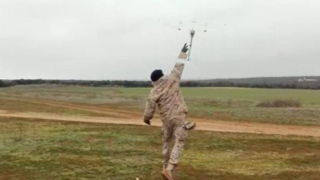 Lanzamiento RQ-11B Raven