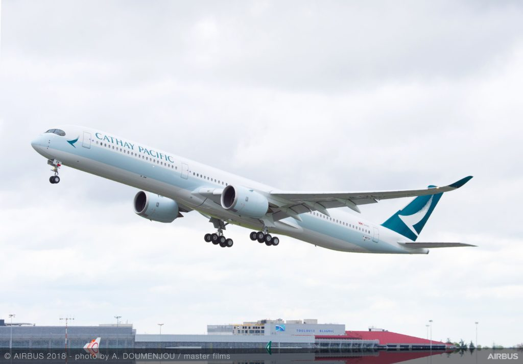 CATHAY-PACIFIC-ARWAYS-AIRBUS-A350-1000-B-LXA Hong Kong