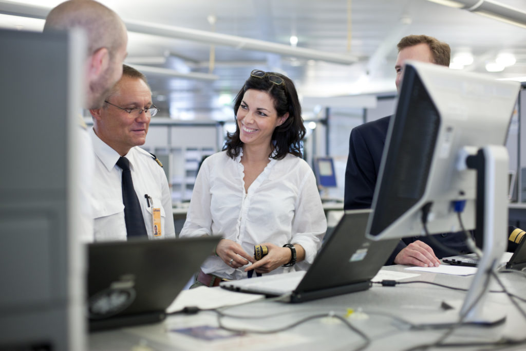 2019-07-16_Lufthansa Aviation Training trains Flight Operations Officers_2