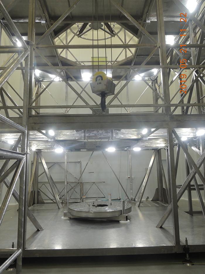 Cámara Limpia en Lavochkin para la integración del telescopio Spectrum UV/WSO-UV