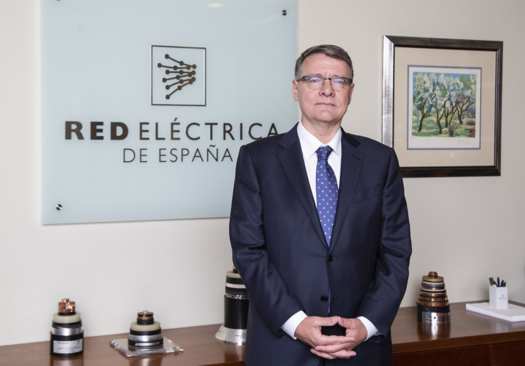 Jordi Sevilla, presidente de la electrica, ha planteado al gobierno ampliar el mercado de Hispasat al ámbito de la defensa (crédito: REC)