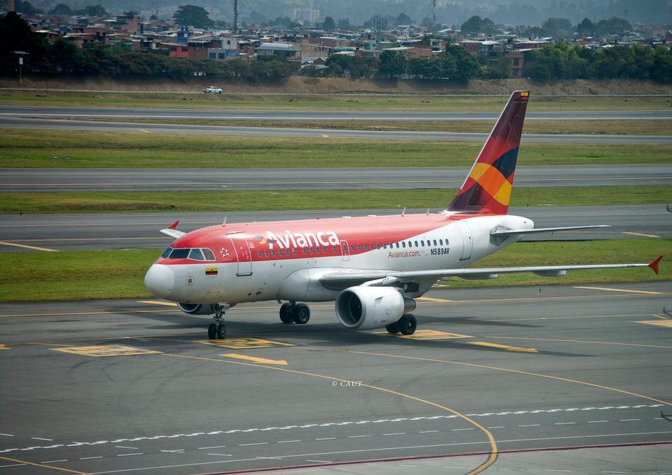 Spotters por el Mundo. Bogotá. Avianca Airbus A318-111
