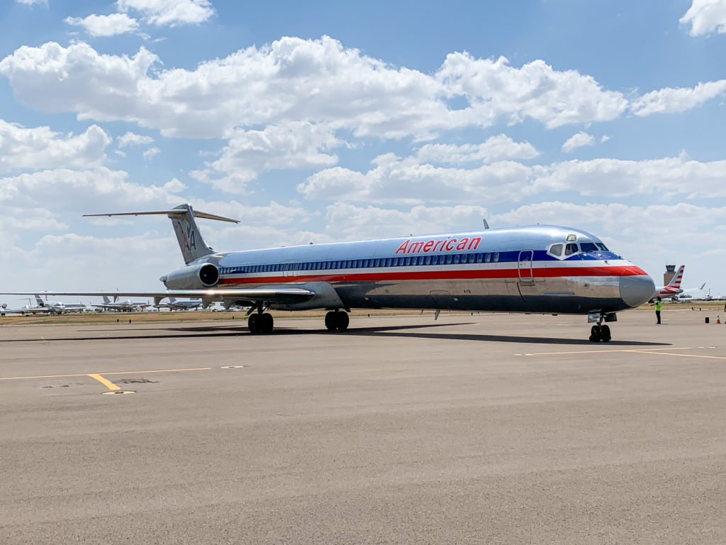 American Airlines dona MD-80