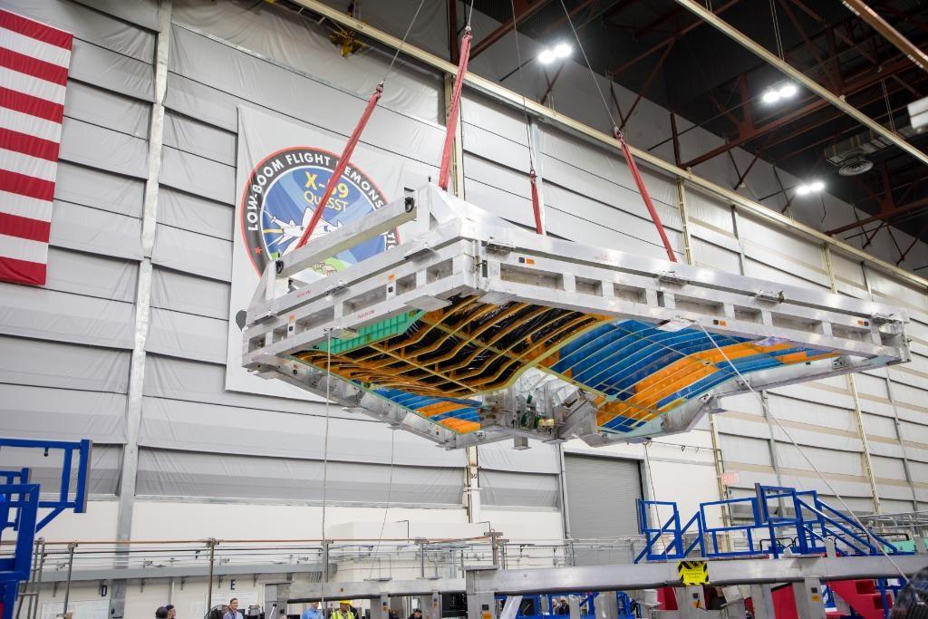Alas del X-59 durante el proceso de construcción