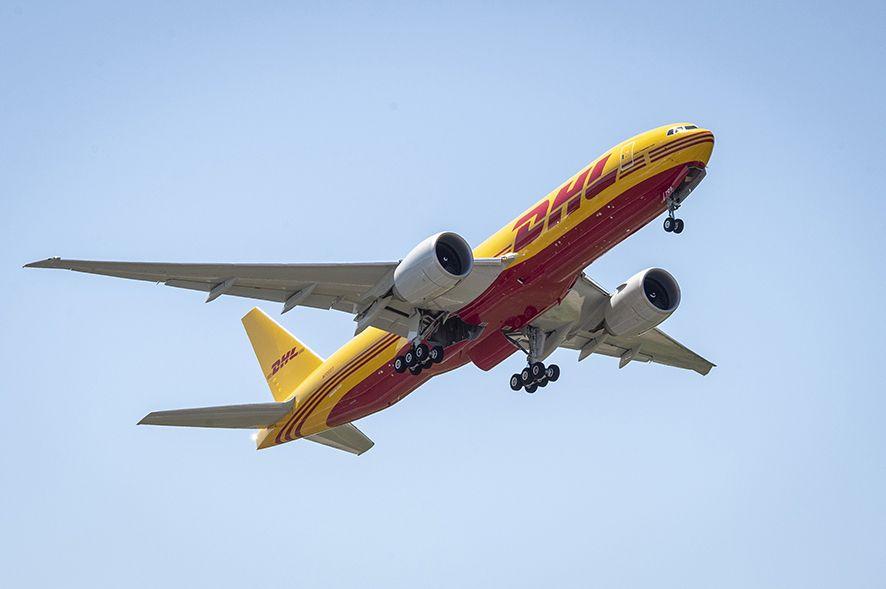 DHL B-777F