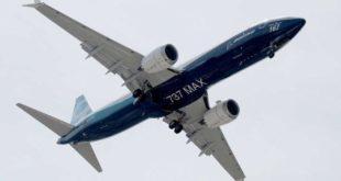 Boeing 737 MAX con software MCAS