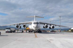 centenar de vuelos cargueros con material sanitario