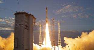 El equipo TDRS permite el seguimiento del lanzador Vega